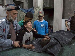 Tağut Rusya Halep'i aralıksız bombalıyor