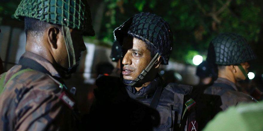 Bangladeş'in kalbinde silahlı baskın
