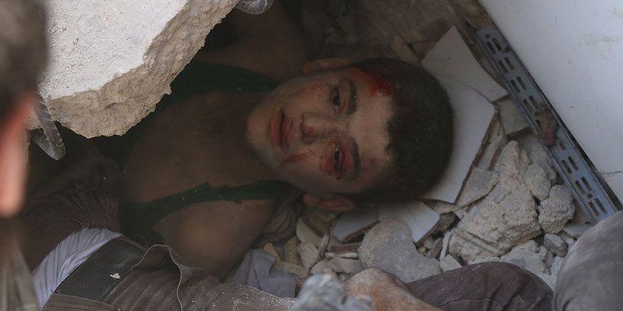 Suriye Halep'te varil bombalı saldırı