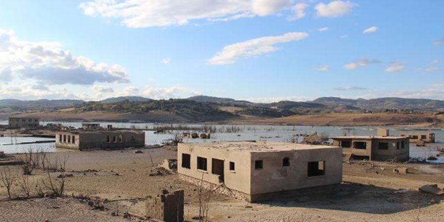 Baraj altındaki köyden görüntüler