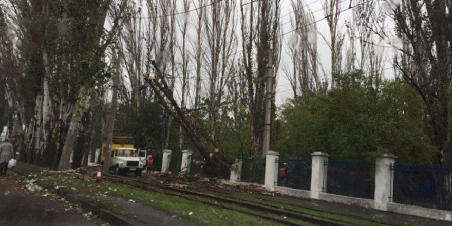 Ukrayna Odessa'daki fırtınadan görüntüler