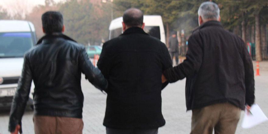 20 eski MİT personeli için gözaltı kararı