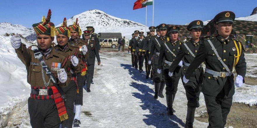 Çin ve Hindistan askerleri arasında çatışma