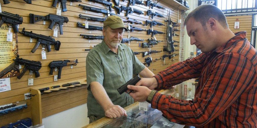 ABD'de siviller silahlanıyor