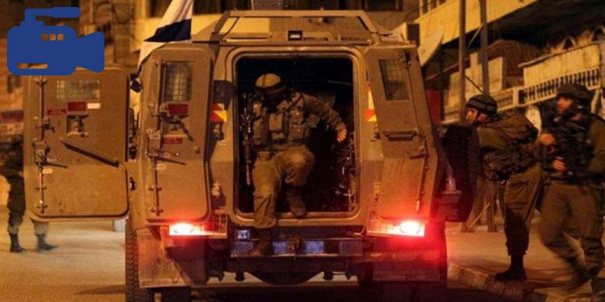 Ramallah'ta gençler Yahudi işgal güçlerini hedef aldı