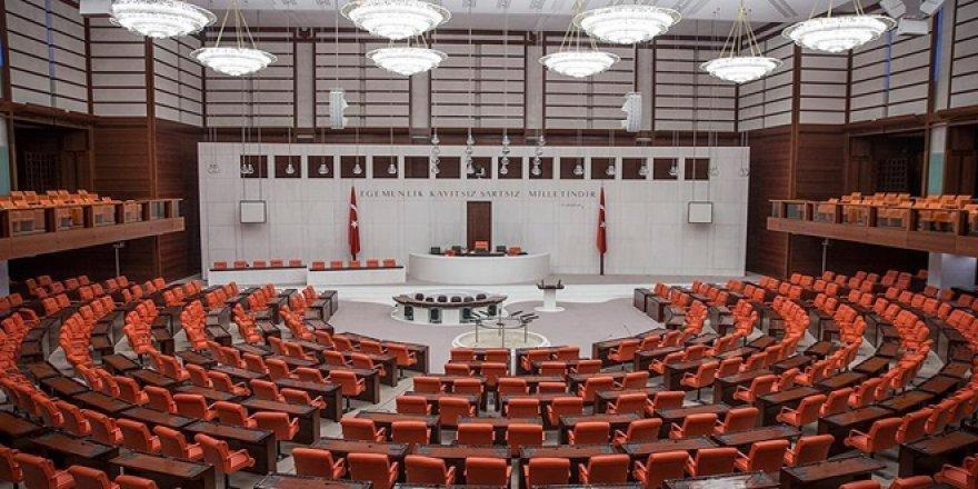 Hukuk davalarına ilişkin yargı paketi, mecliste kabul edildi