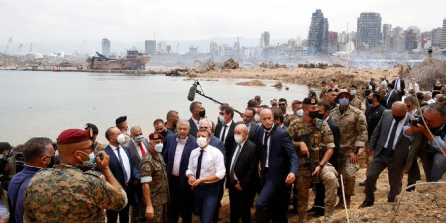 ''Lübnan önümüzdeki 10 sene Fransız mandası altına girsin'' talebiyle imza kampanyası!