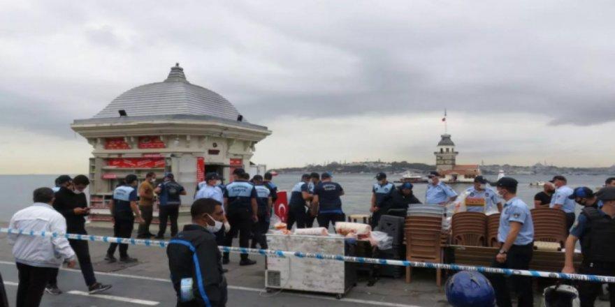 İBB Üsküdar sahildeki 2 büfeyi yıktırdı