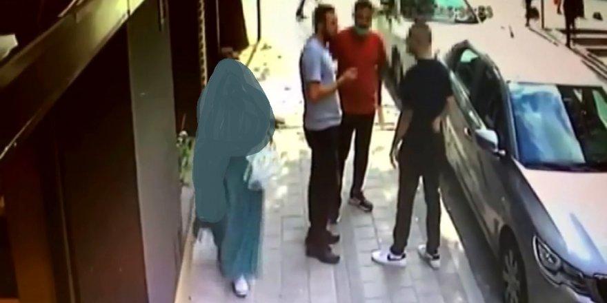 Sancaktepe'de silahlı, bıçaklı kavga anı kamerada