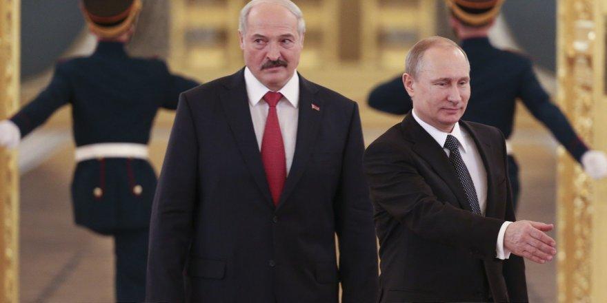 Lukaşenko'dan Macron'a olgunlaşmamış politikacı