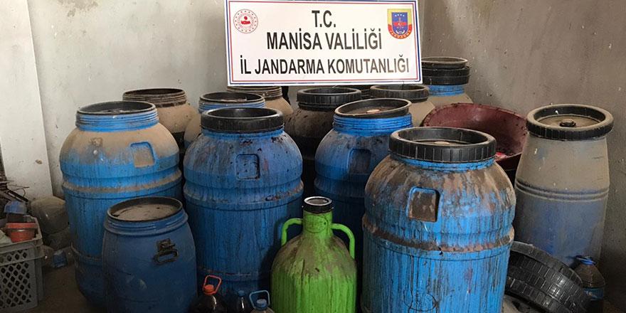 Manisa'da sahte içki operasyonu: 20 ton ele geçirildi