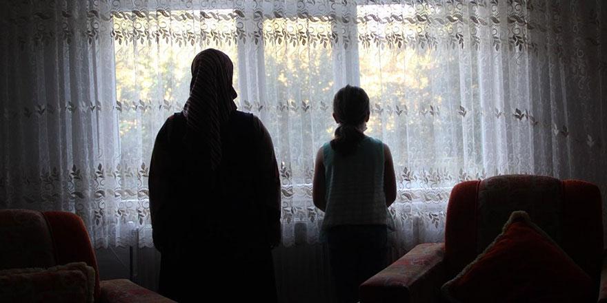 Diyarbakır'da korona virüslü aile kavga ettikleri komşularına tükürdü
