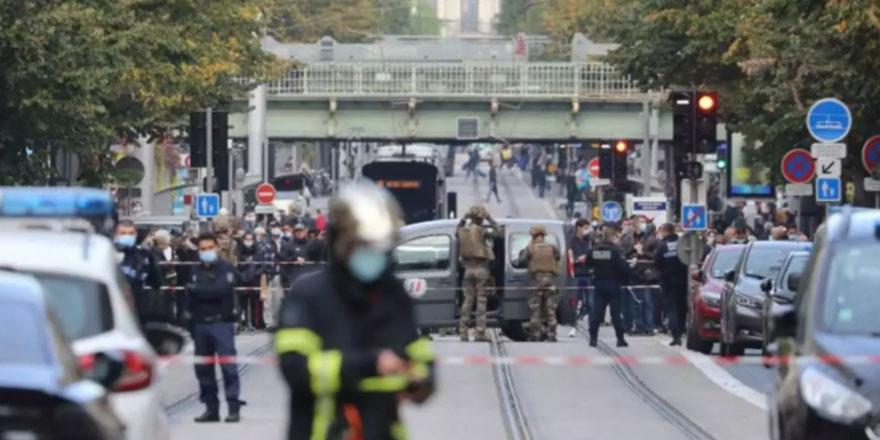 Fransa'da terörle mücadele planı en üst seviyeye çıkarıldı
