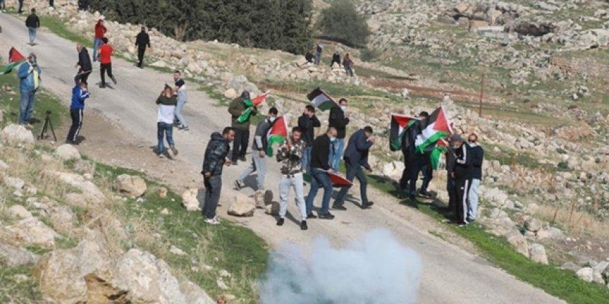 İsrail askerleri 13 yaşındaki çocuğu vurarak öldürdü