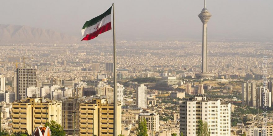 İran eski Cumhurbaşkanı Yardımcısına hapis
