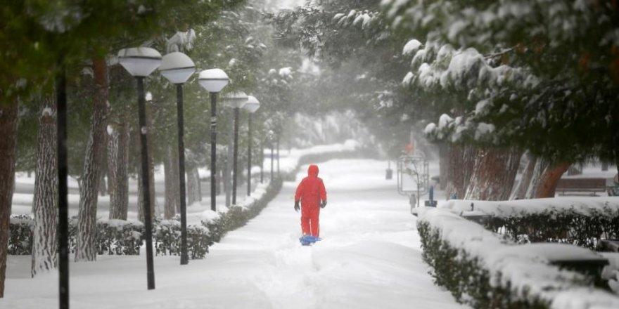 İstanbul için yoğun kar yağışı uyarısı