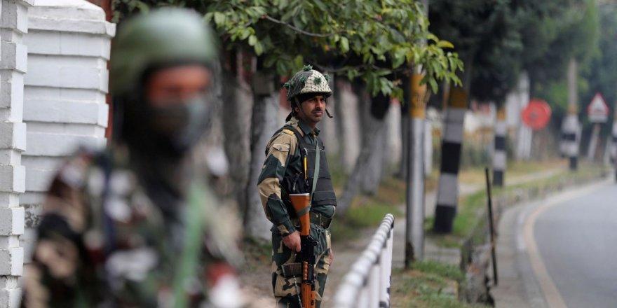 Hindistan ve Pakistan, Keşmir sınırında ateşkes!