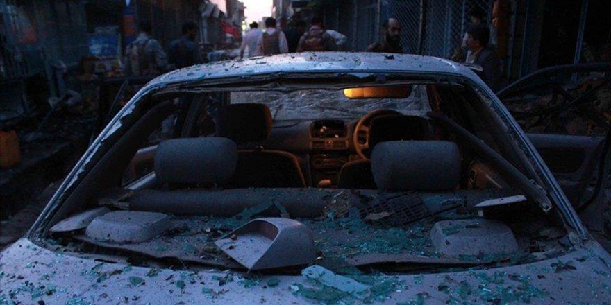 Afganistan'da bomba yüklü araçlasaldırı:6 ölü
