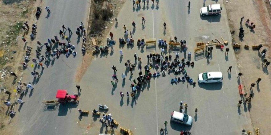 Hindistan'da çiftçiler otobanı trafiğe kapatmayı planlıyor