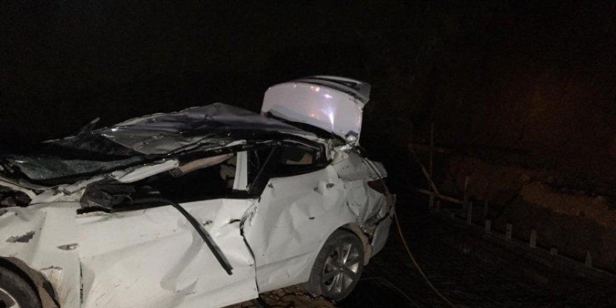 Bursa'da inşaat alanına düşen araçta, 2 kişi öldü