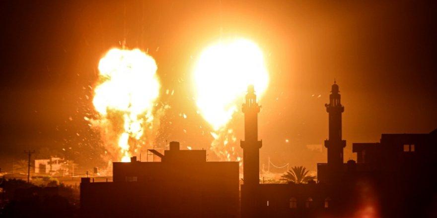 İsrail, ateşkes sonrası Gazze'ye hava saldırısı düzenledi