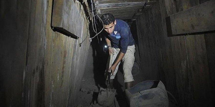 Mısır'la Gazze arasındaki tünellerde 2 Filistinlinin cansız bedeni bulundu