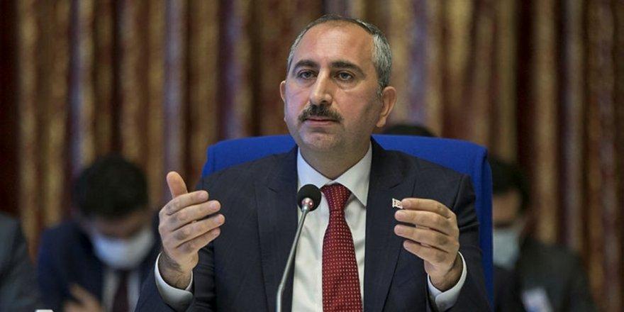 Adalet Bakanı Abdülhamit Gül'den özeleştiri