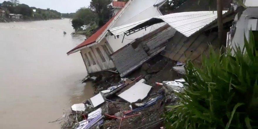 Filipinler'de sel ve heyelanlarda ölenlerin sayısı 19'a çıktı