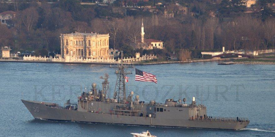 ABD savaş gemisi İstanbul Boğazı'ndan Karadeniz'e geçiş yaptı