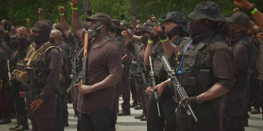 ABD'de iç savaş sesleri: 'Black Panther' sokağa indi
