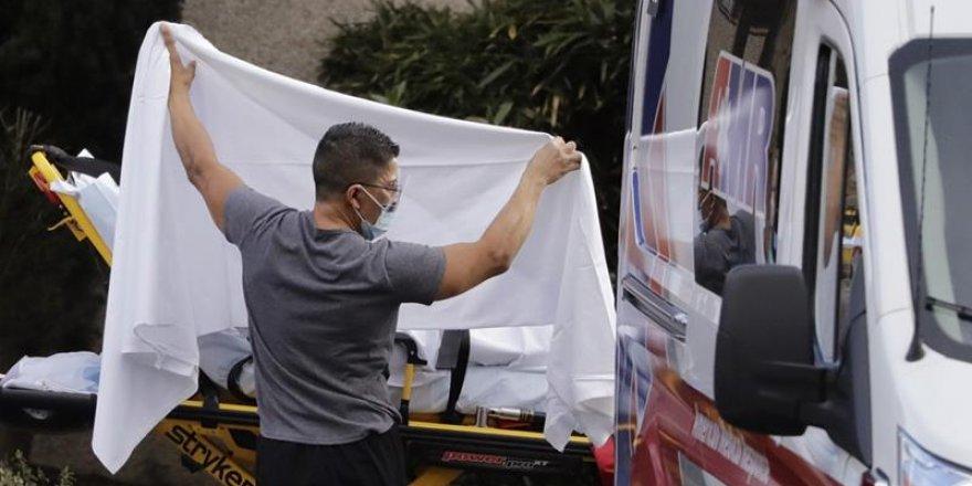 ABD'de son 24 saatte ölü sayısı rekor seviyeye ulaştı