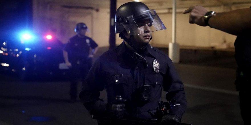 ABD'de tansiyon yüksek: Beyaz Saray yakınında çatışma çıktı