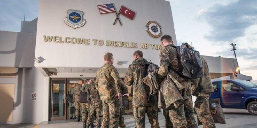 ABD'li senatör: Washington, İncirlik'teki askerlerini Yunanistan'a nakletmeyi düşünüyor