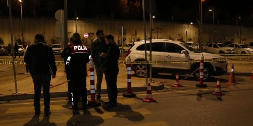 Adana'da hastane otoparkında silahlı saldırı