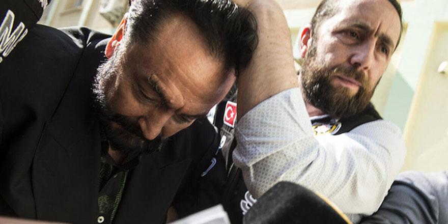 Adnan Oktar davasında sosyal medyadan tehdide tutuklama