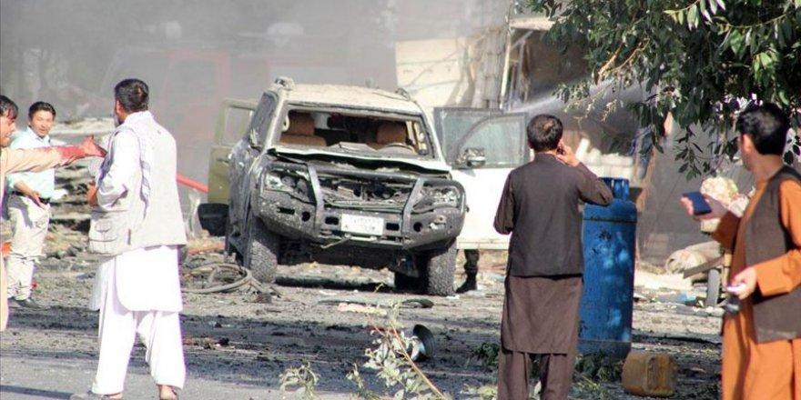 Afganistan Cumhurbaşkanı yardımcısına bombalı saldırı