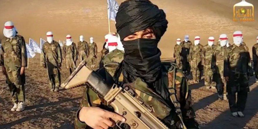 Afganistan'da Taliban 2 ilçeyi daha kontrolüne geçirdi