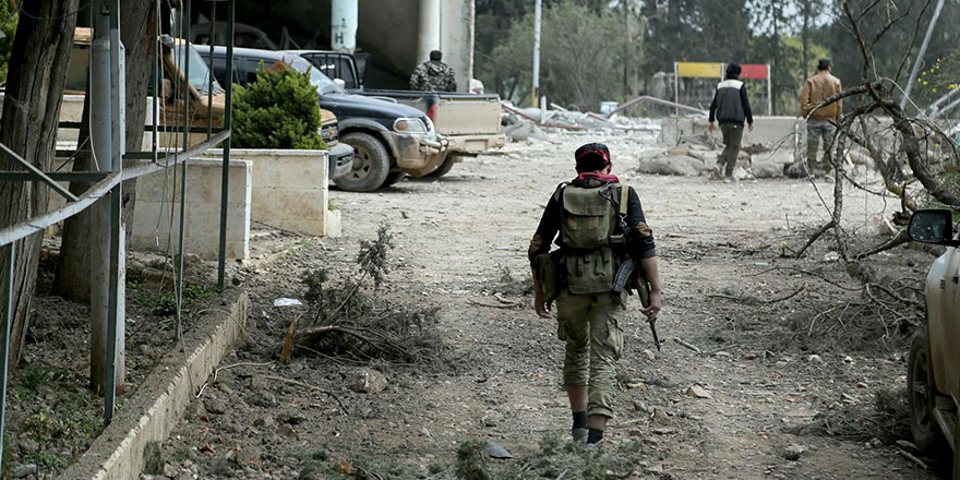 Afrin ilçe merkezi sınırlarına ulaşıldı!