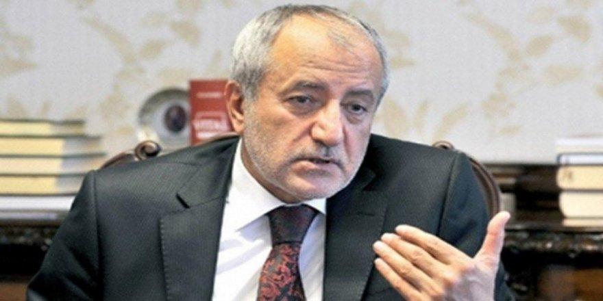 AKP kurucularından İhsan Arslan: Panikle FETÖ uygulamalarını taklit ettik