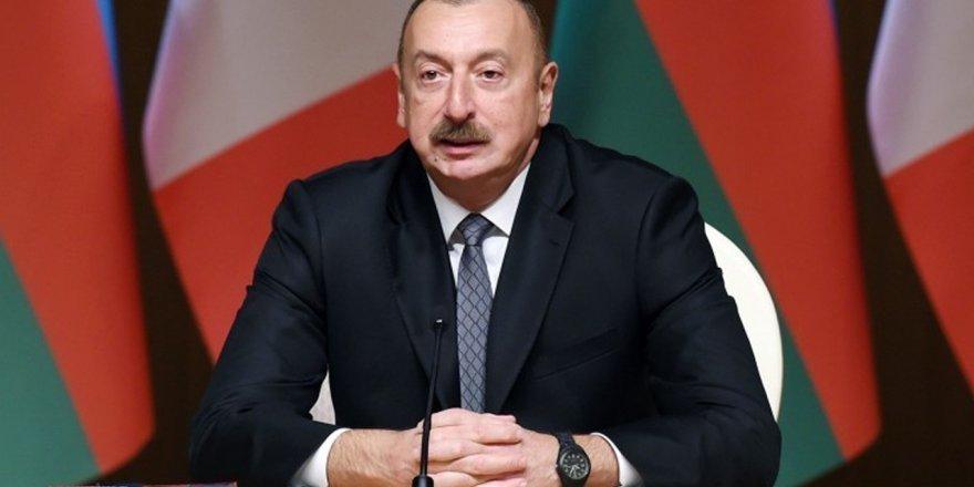 Aliyev'den şok iddia: Ateşkes isteyenler Ermenistan'a silah gönderiyor