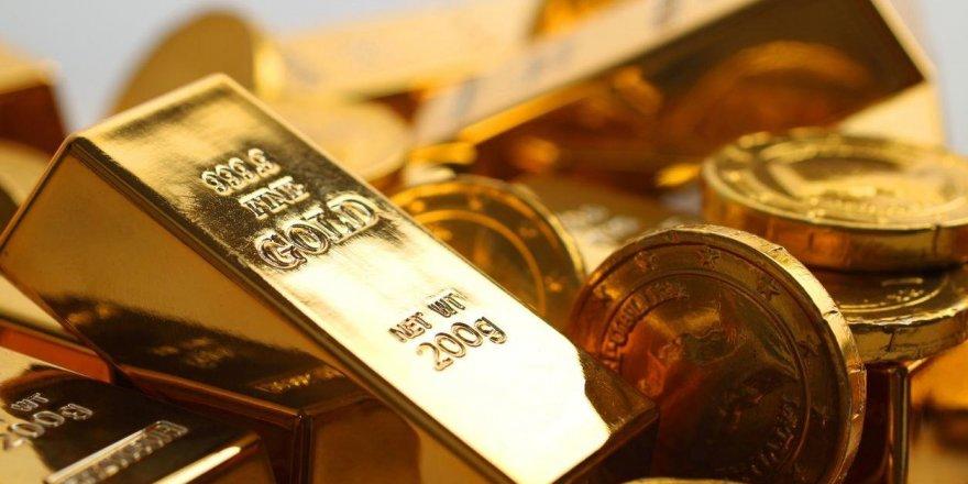 Altın düşmeye devam ediyor: Gram 426, çeyrek 696 TL