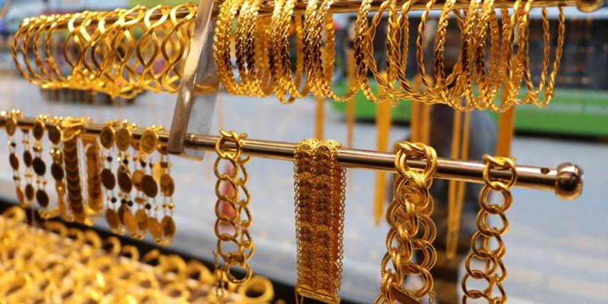 Altın fiyatları yükselmeye devam ediyor!bu yükseliş devam eder mi?