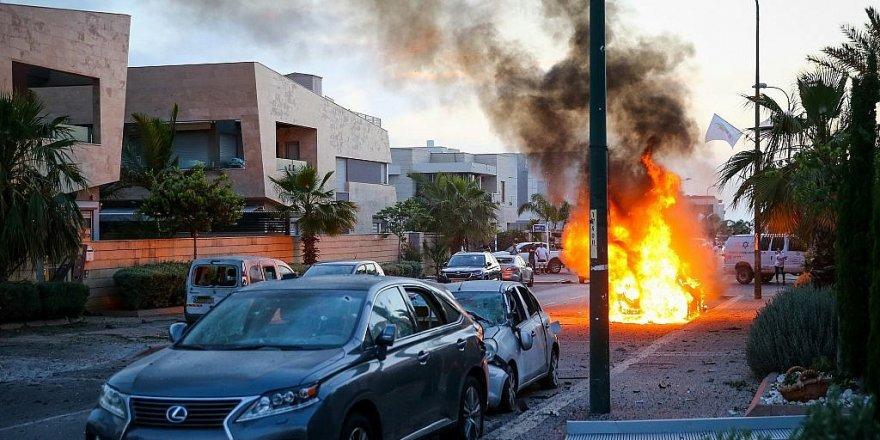 Aşdod kentinde büyük panik! İşgal askerlerinin saklanma anları kameralara yansıdı