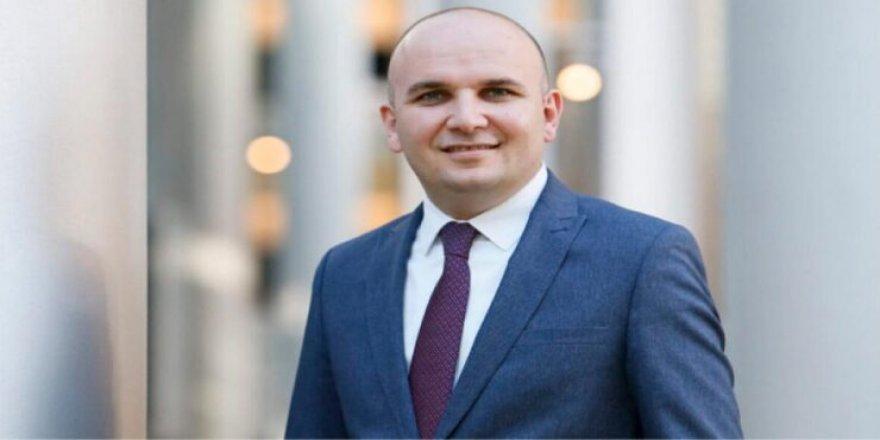 Avrupalı liberallerin yeni eş başkanı Türk asıllı İlhan Küçük seçildi