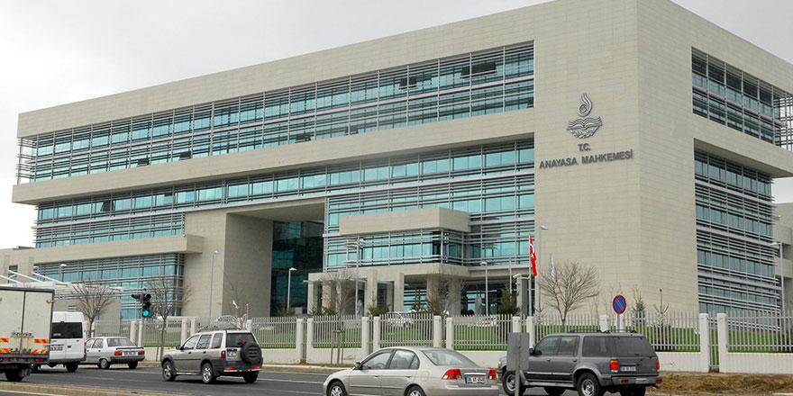 AYM'den Cumhurbaşkanlığı kararnamelerine yönelik ilk iptal kararı
