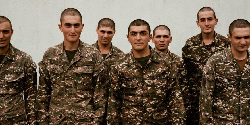 """Azerbaycan """"mayın haritası"""" karşılığında 15 Ermeni tutukluyu serbest bıraktı"""