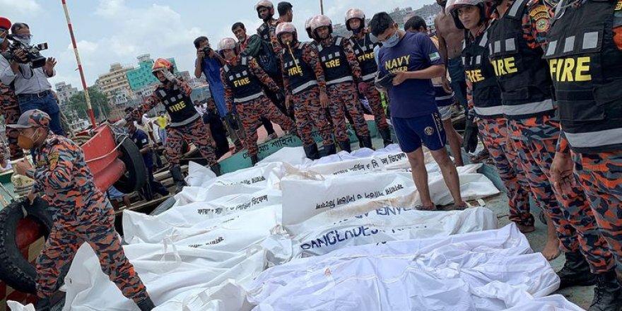 Bangladeş'te feribot kazası: Ölü sayısı artıyor