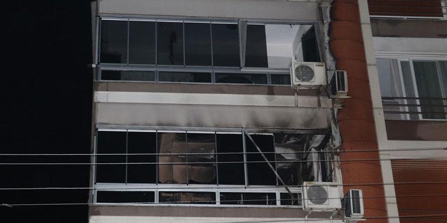 Belediye Başkanı'nın bulunduğu binada yangın çıktı
