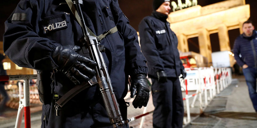 Berlin kritik Libya Zirvesi'ne kilitlendi