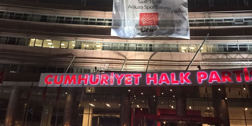 Bir haftada 4 CHP'li pozitif çıktı, genel merkez kapatıldı